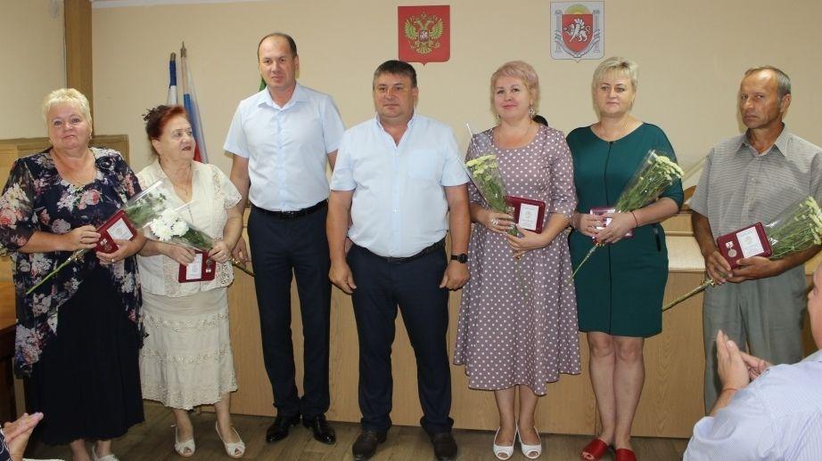 Олег Саннэ провёл аппаратное совещание с начальниками структурных подразделений администрации, руководителями предприятий, служб и ведомств
