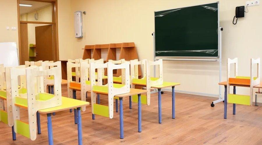 Власти сообщили о готовности всех школ Крыма подавать горячее питание детям