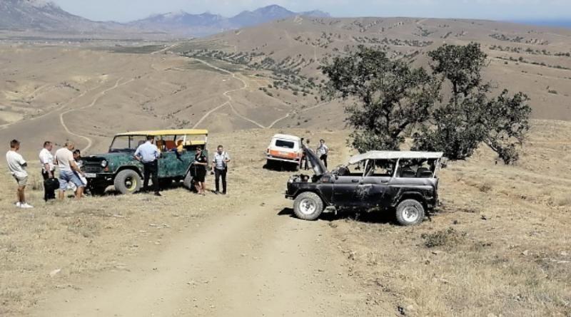 Экстремальный отдых: в Крыму туристы пострадали в ДТП на бездорожье