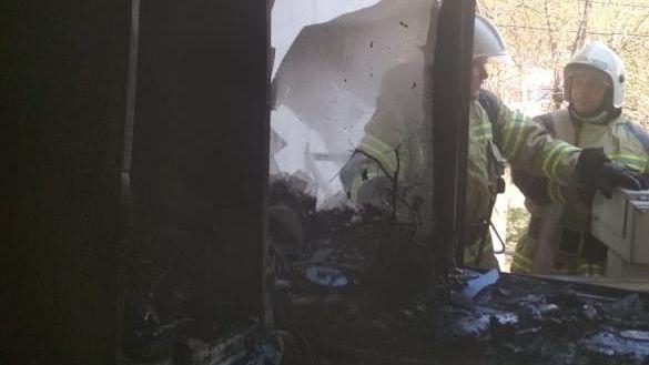 Крымские огнеборцы спасли двух человек на пожаре в Джанкойском районе