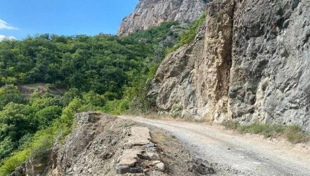 Дорогу от Белогорска к морю через горы реконструируют через 4 года