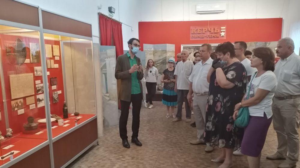 В Керчи открылась выставка, посвященная истории города в годы Великой Отечественной войны