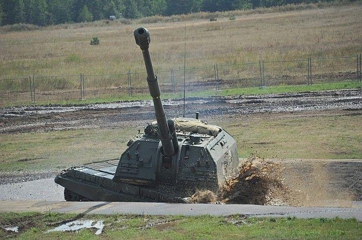Ответ на активность США: В Крым прибыли гаубицы МСТА–Б