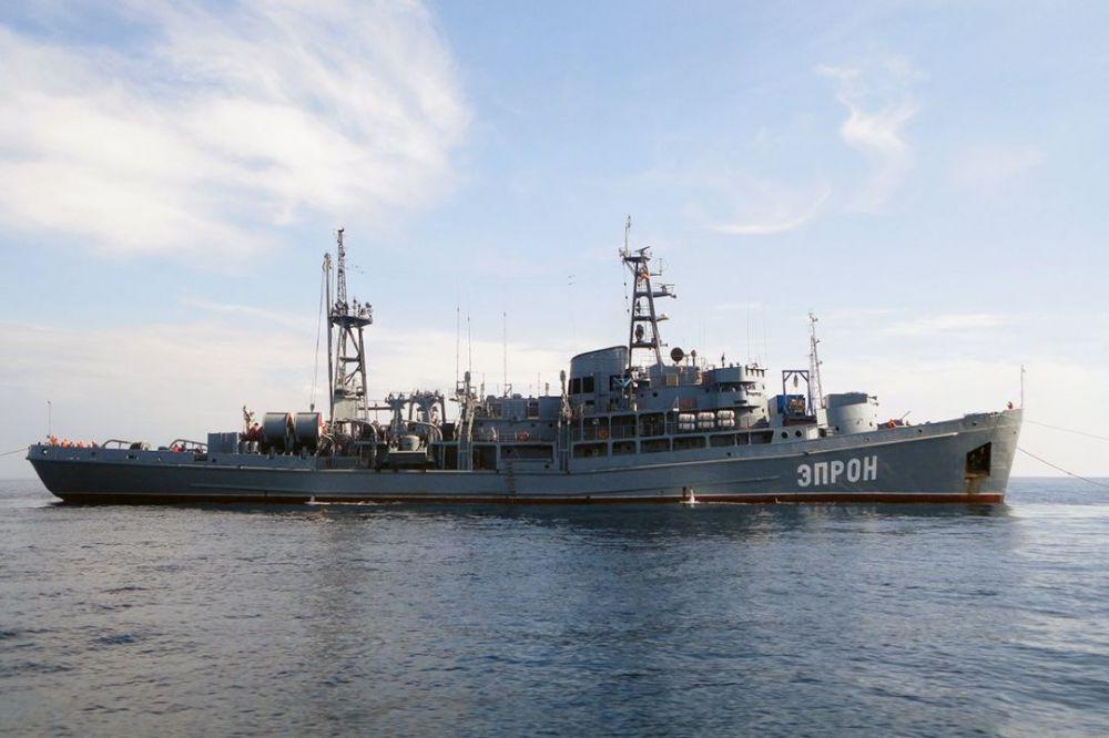 Водолазы подняли со дна Севастопольской бухты пять затопленных объектов
