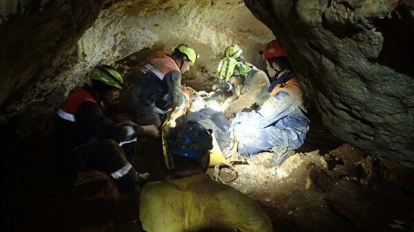 МЧС Крыма: Соблюдайте правила безопасности при посещении пещер!