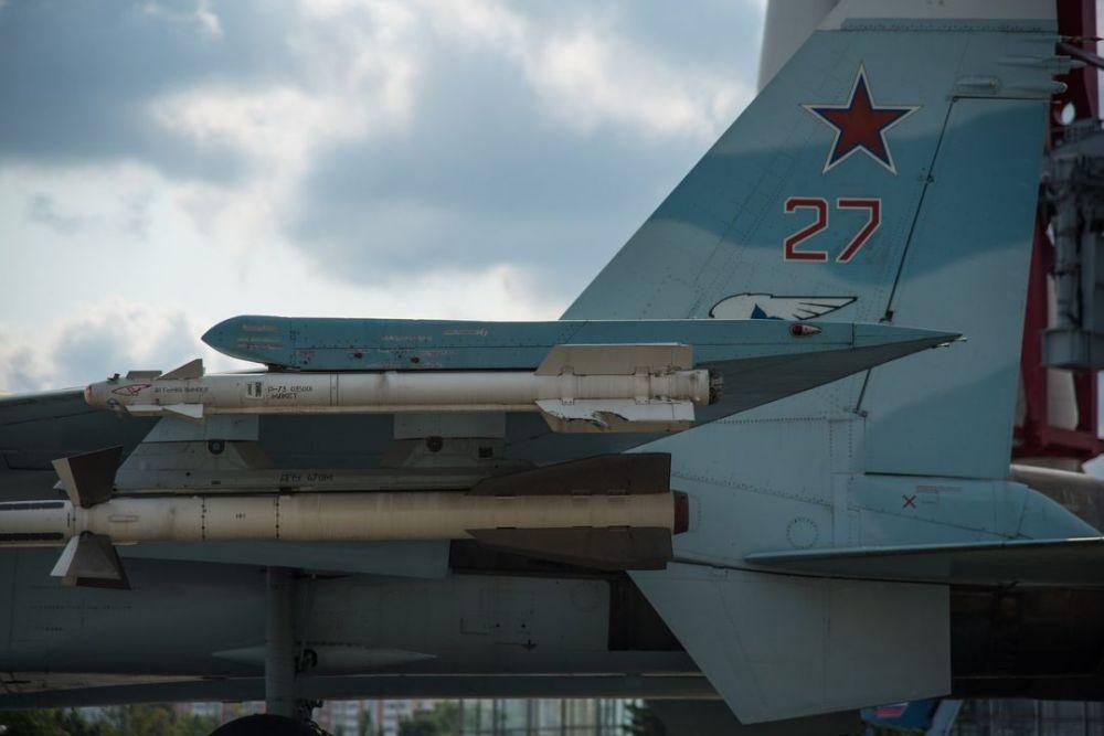 Молодые военные лётчики выполнили первые самостоятельные полёты над Крымом