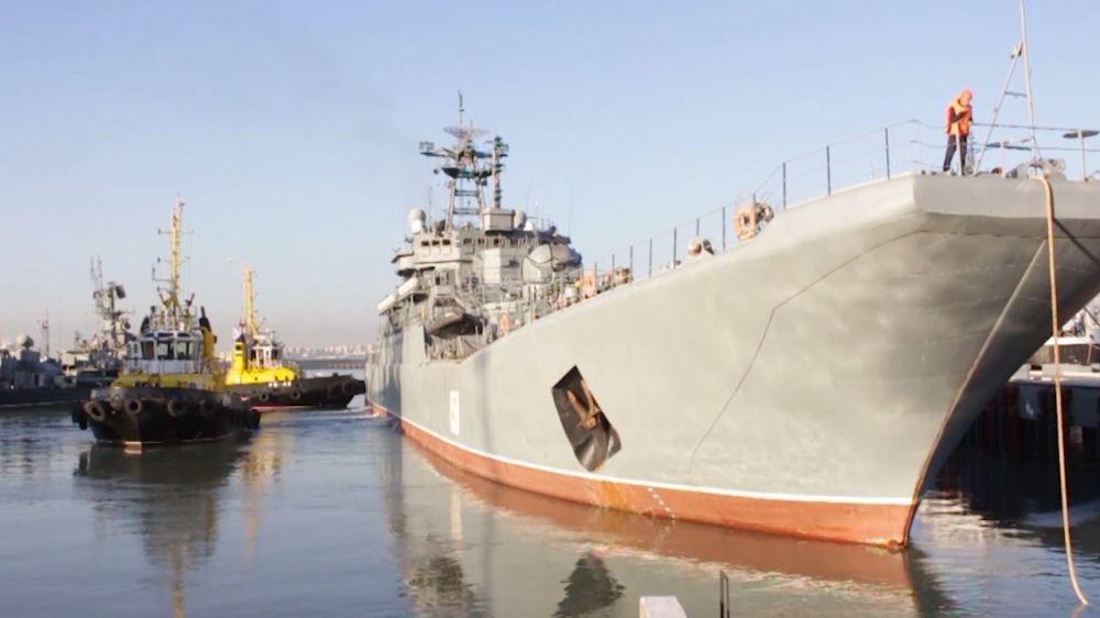 Морские пехотинцы Черноморского флота высадятся на Таманском полуострове