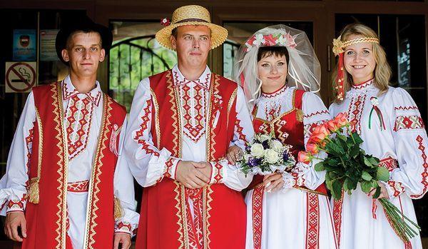 Абсолютное большинство белорусов выступают за укрепление отношений с Москвой, — председатель белорусской общины Крыма