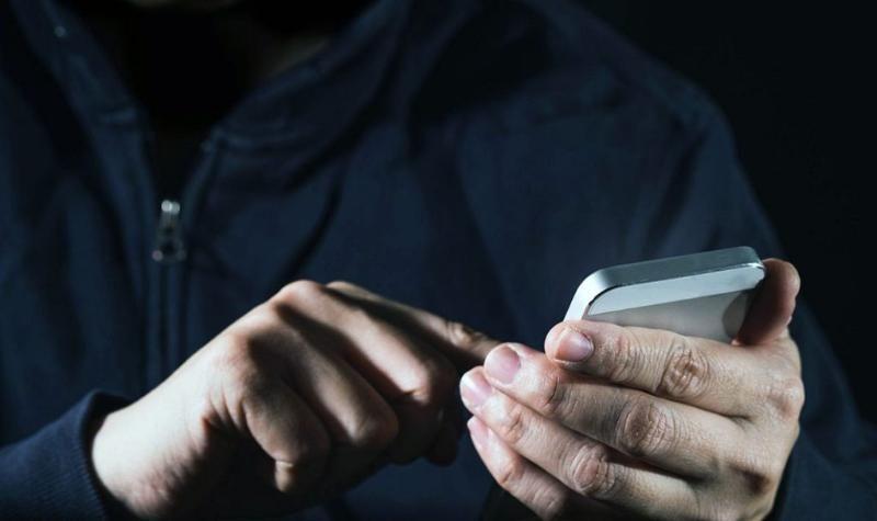 Севастопольцы смогут пожаловаться на долгое ожидание врача или «скорой помощи» в WhatsApp-приемную