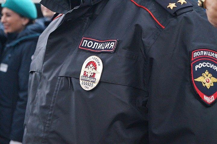 В Симферополе хулиганы ограбили пенсионера на сумму свыше 50 тысяч рублей