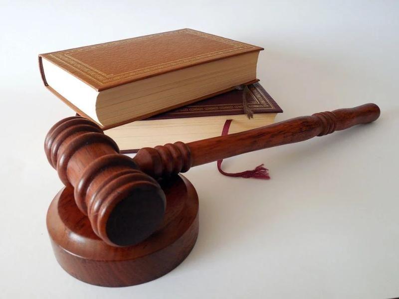 В Крыму бывший судебный пристав пойдет под суд за служебный подлог