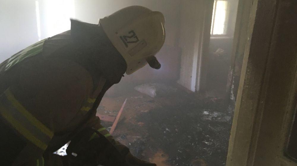 Крымские огнеборцы спасли мужчину на пожаре в Красногвардейском районе