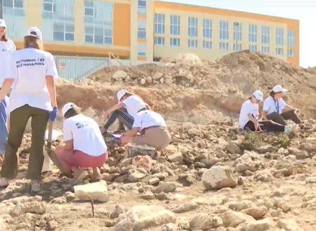 В Севастополе изучают уникальную историческую дорогу