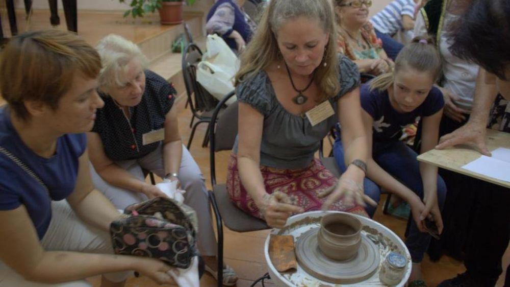 В рамках межрегионального проекта «Огни Солхата» состоялся семинар-практикум по гончарному искусству