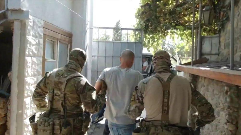 Пойманы украинские агитаторы, планировавшие дестабилизацию Крыма