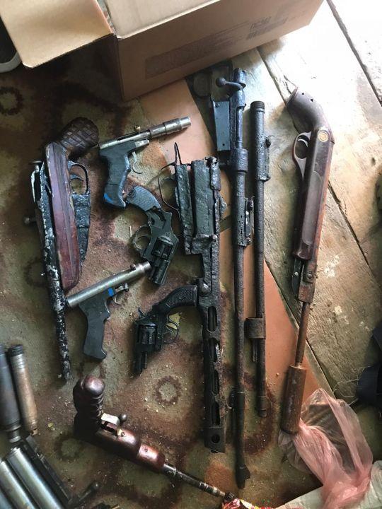 У жителя Крыма изъяли оружие и боеприпасы времен ВОВ