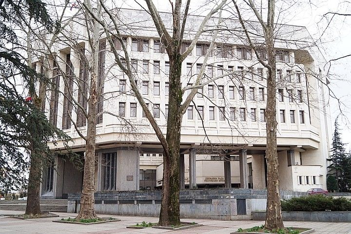 Вице-премьера Крыма госпитализировали в Москву в тяжелом состоянии