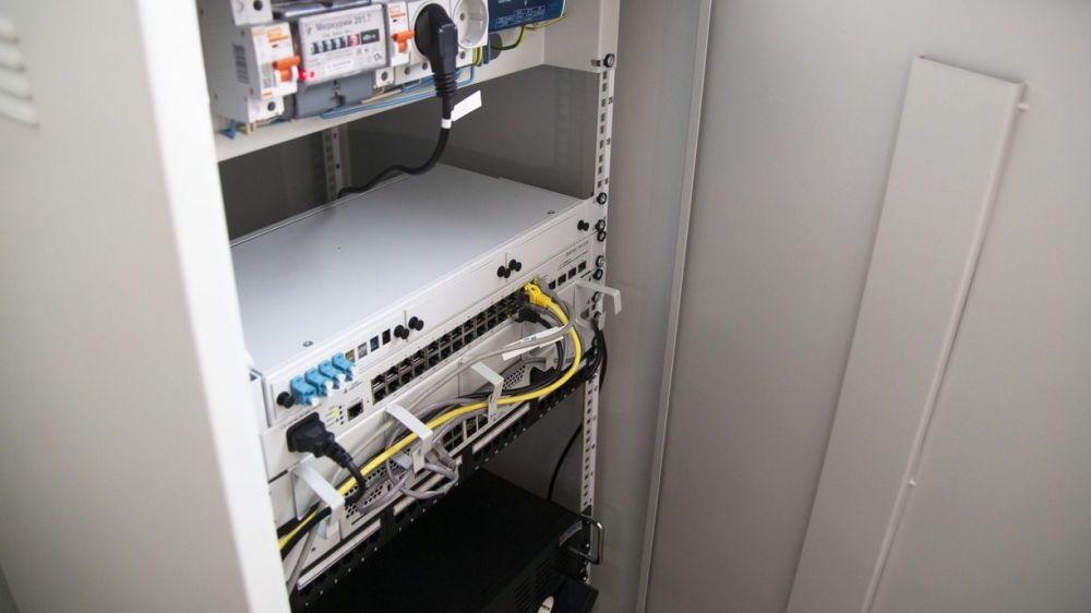 Одну из школ Белогорского района подключили к сети передачи данных, обеспечивающей доступ к единой сети «Интернет»
