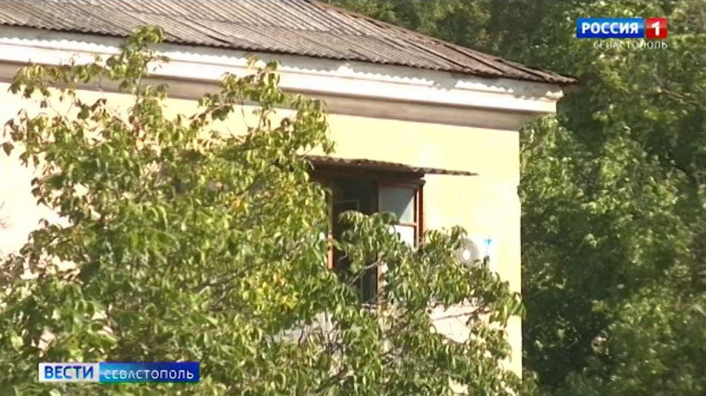 В Севастополе шесть детей-сирот получили жилье с начала года