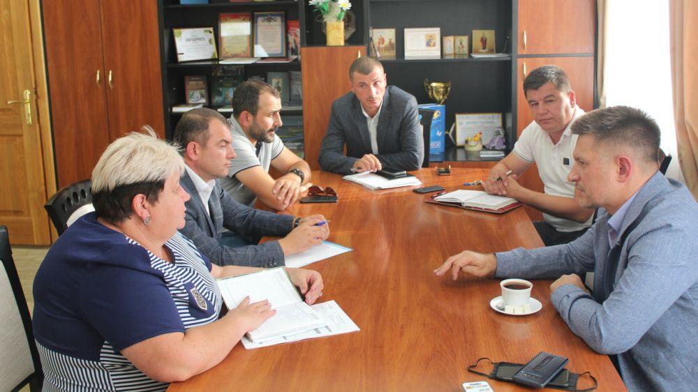 В администрации состоялась рабочая встреча в части организации работы по ремонту дорог района