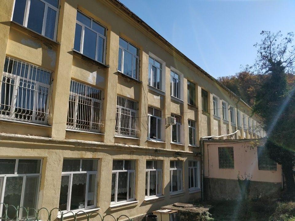 В Минобразе Крыма опровергли новость о закрытии школы Феодосии