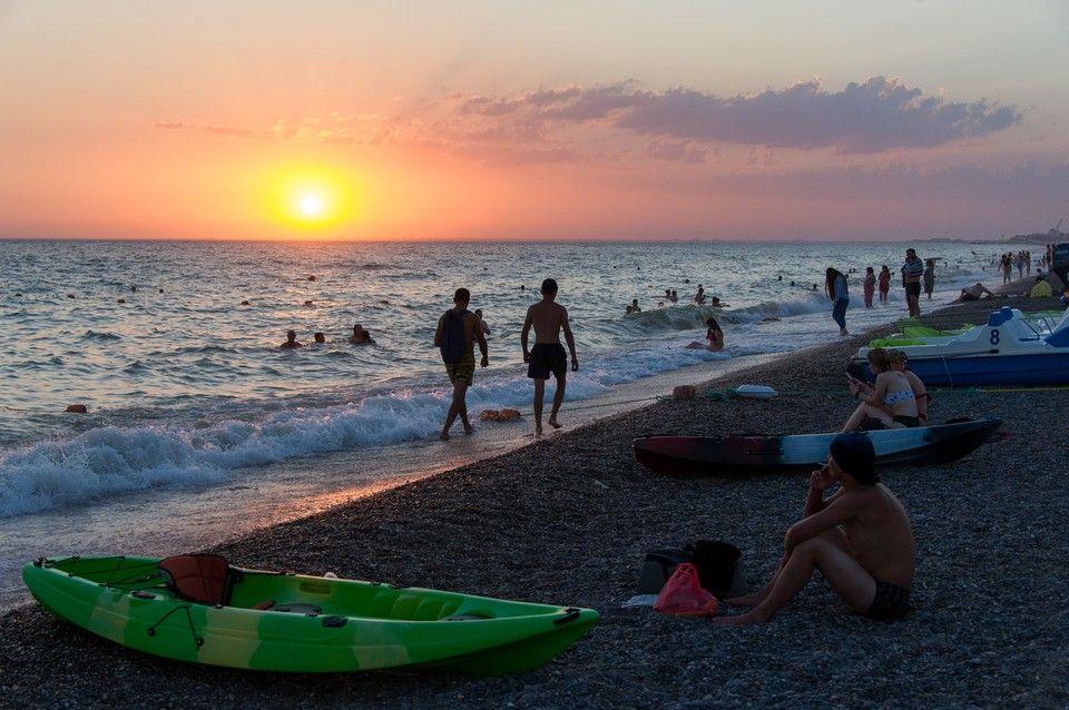 Отвечайте на звонки по ночам: Как эксперты оценивают курортный сезон 2020 в Крыму