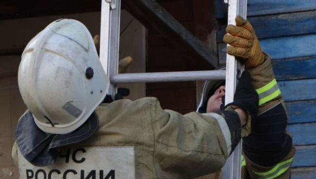 В Саках спасатели помогли попасть маме к ребенку-инвалиду
