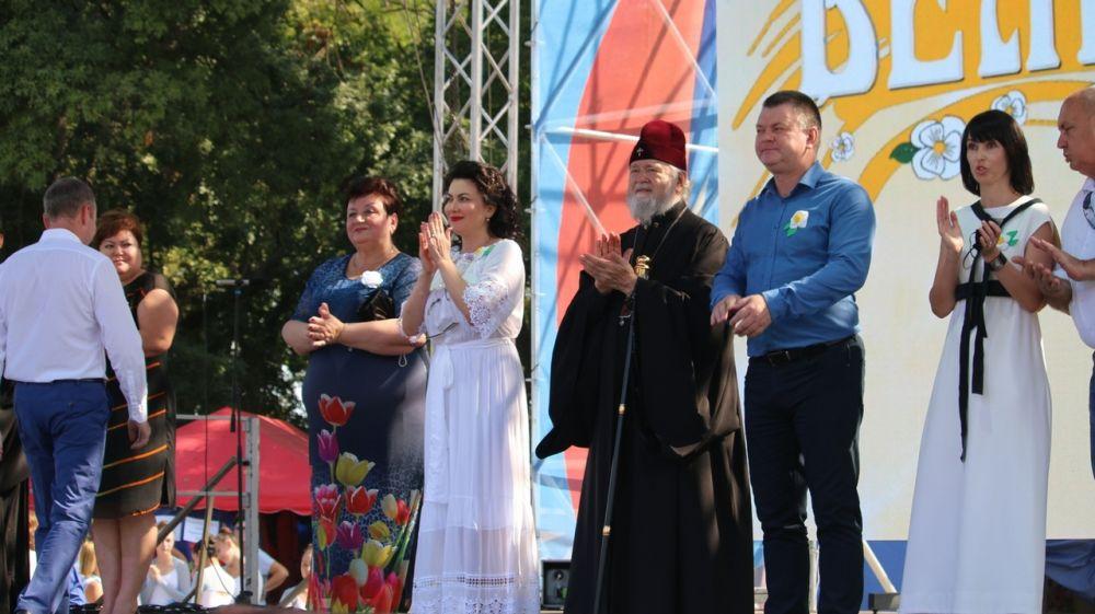 Арина Новосельская приняла участие в Республиканской благотворительной акции «Белый цветок»