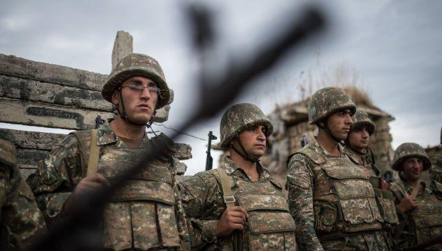 В Карабахе снова начались столкновения между Азербайджаном и Арменией