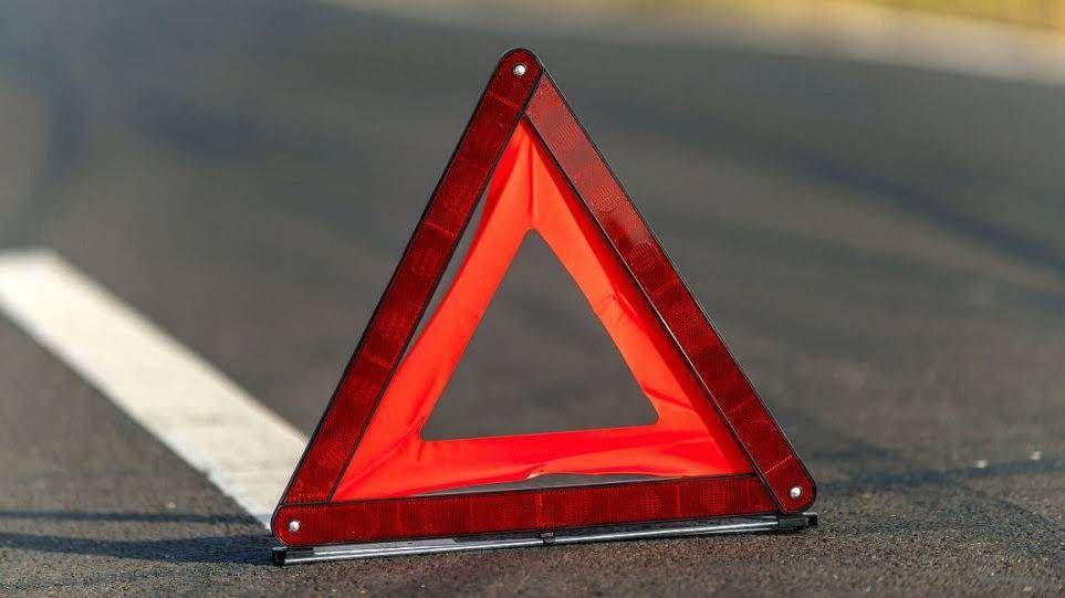 В Керчи погиб водитель при столкновении с электроопорой
