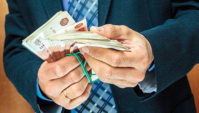 Чиновники из Евпатории попались на взятке в 10 млн рублей