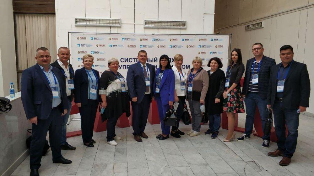 Михаил Афанасьев принимает участие в очном модуле образовательной программы «Системный подход в управлении регионом» в Ростове-на-Дону