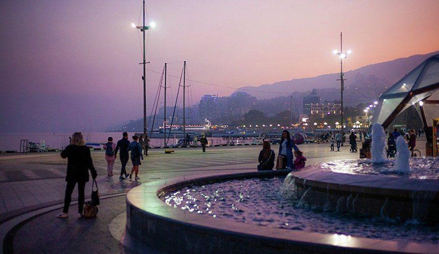 В Крыму нашли одно из самых красивых мест в России для вечерних прогулок