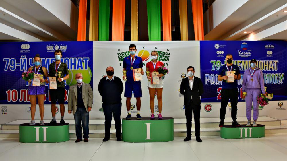 Симферопольский теннисист Максим Ратнюк выиграл чемпионат России