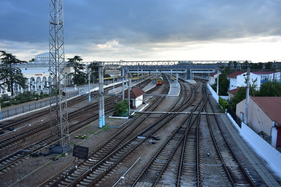В Крым планируют пустить поезда из Перми, Омска и Астрахани