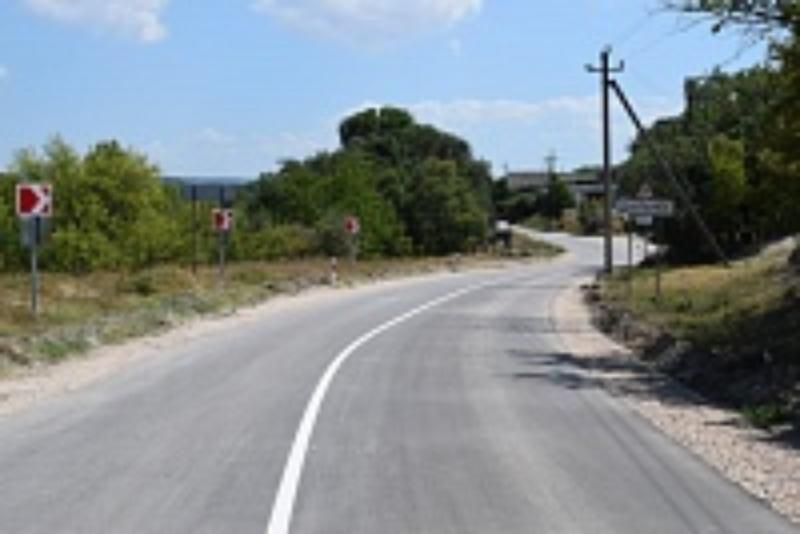 В Севастополе капитально отремонтировали дорогу в село Дальнее