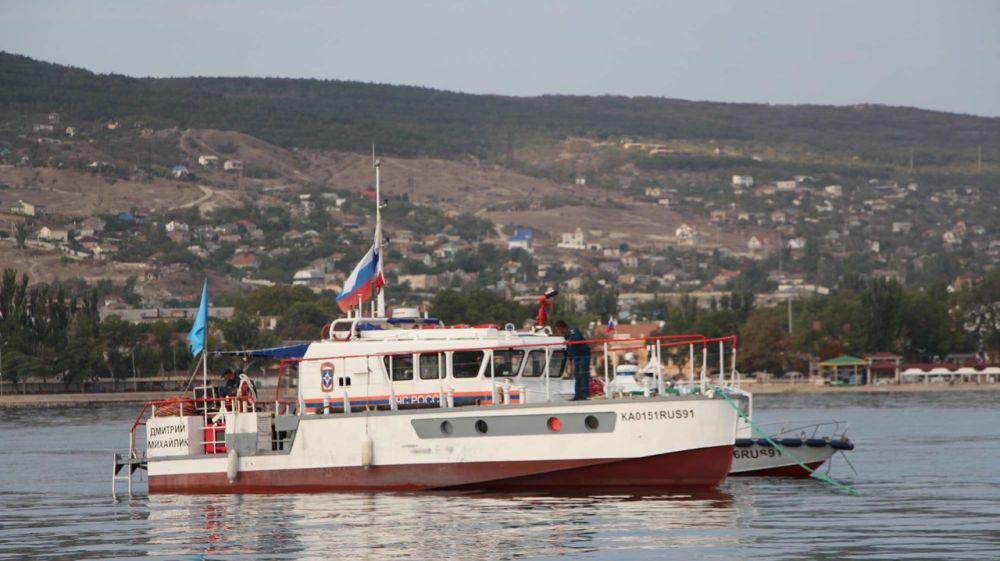 Крымскими спасателями продолжаются работы по разминированию теплохода «Жан Жорес»