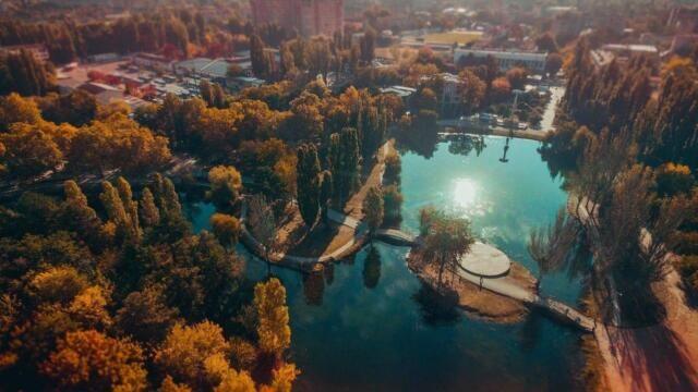 В симферопольском парке им. Гагарина пообещали сохранить все зелёные зоны