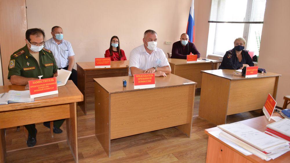 В Черноморском районе стартовал осенний призыв