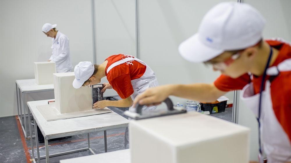 В Крыму стартовал проект по организации профессионального обучения и дополнительного профессионального образования лиц, пострадавших от распространения новой коронавирусной инфекции