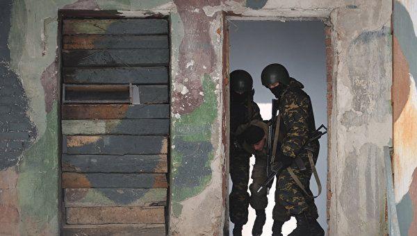 Двух вооруженных боевиков ликвидировали в Чечне