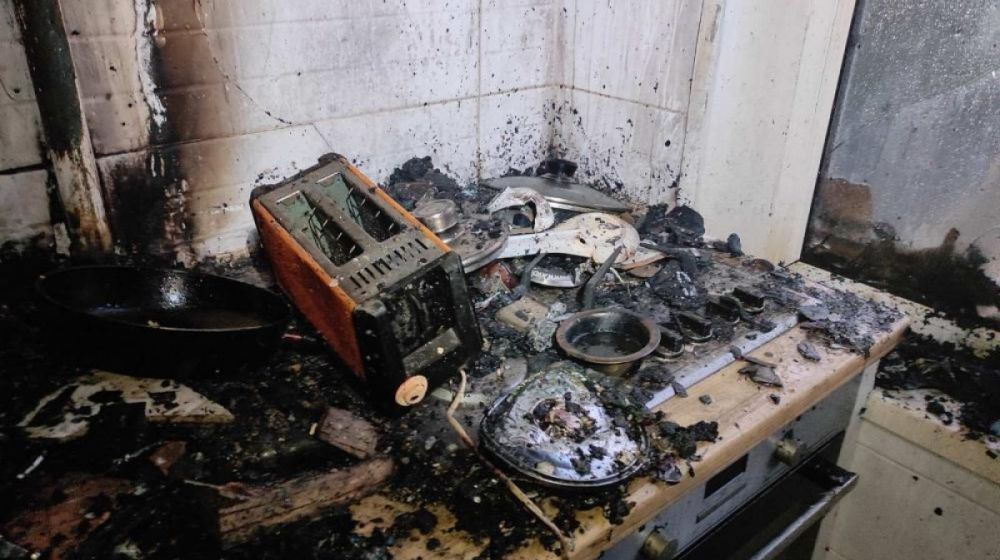 В Керчи в пятиэтажном жилом доме произошел пожар. Эвакуировано 3 человека