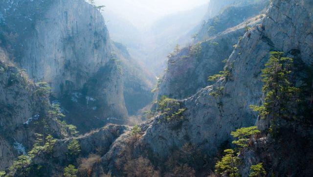 В Большом каньоне Крыма спасли туристку