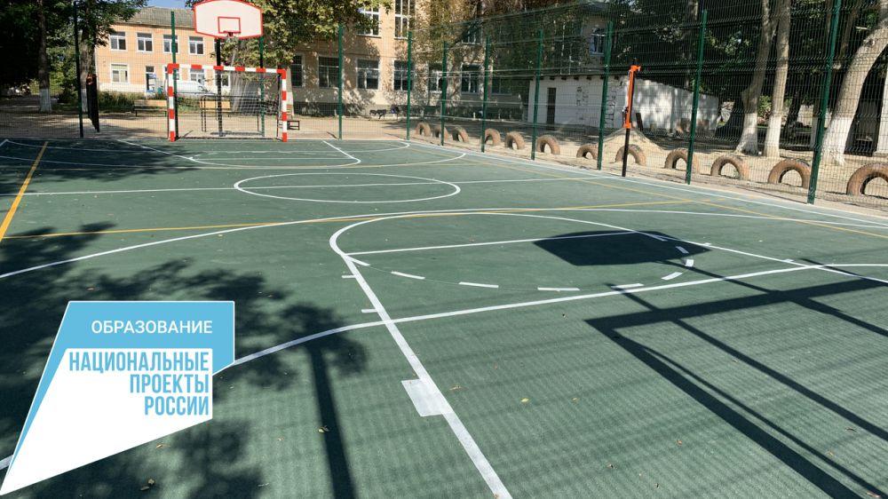 Крымские школы, расположенные в сельской местности, оснащаются спортивным инвентарем