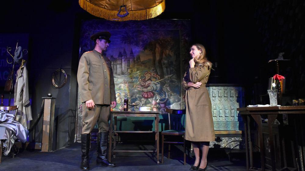 В Крымском академическом русском драматическом театре состоялась премьера спектакля «Мой бедный Марат»