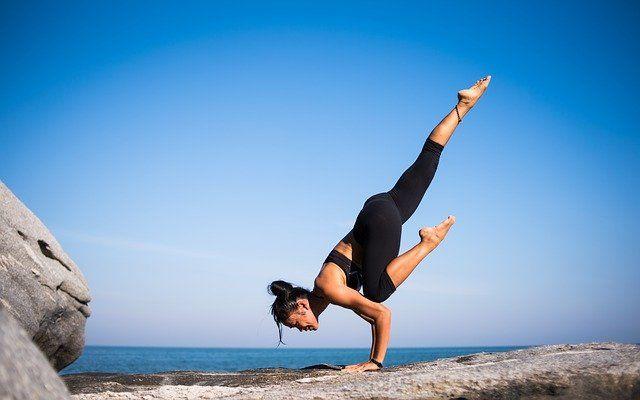 Как избавиться от бессонницы с помощью йоги