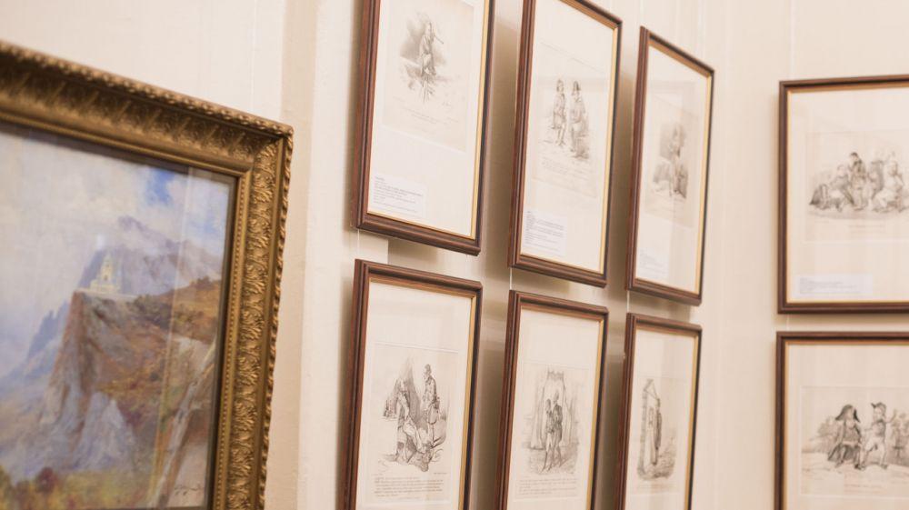 Межрегиональная выставка начала работу в Симферопольском художественном музее