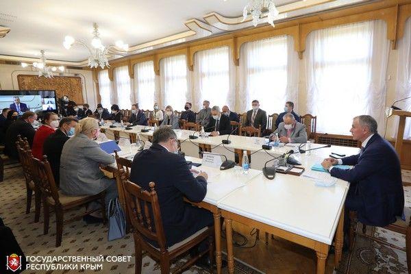Ольга Виноградова: Особого внимания власти требует проблема по ликвидации налоговой задолженности унитарных предприятий