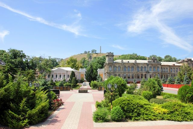 В этом году Керчь станет на 765 миллионов рублей красивей и комфортней