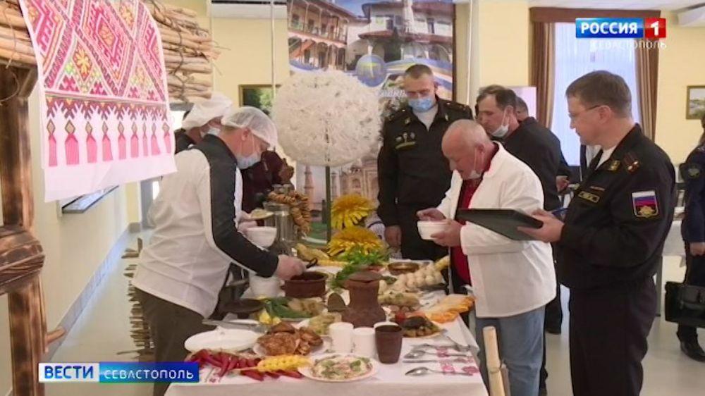 Повара Черноморского флота продемонстрировали навыки приготовления экзотических блюд